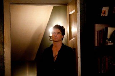 Damon réussira -t-il à dissimuler ses sentiments ?