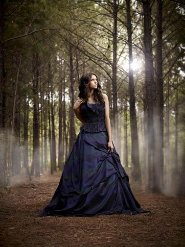 L'anniversaire d'Elena dans le premier épisode !