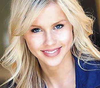 Claire Holt jouera l'ex de Stefan !