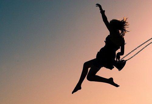 « Quoi qu'il arrive, crois en toi. Crois en la vie. Crois en demain. Crois en chaque chose que tu fais. » - Bill Kaulitz