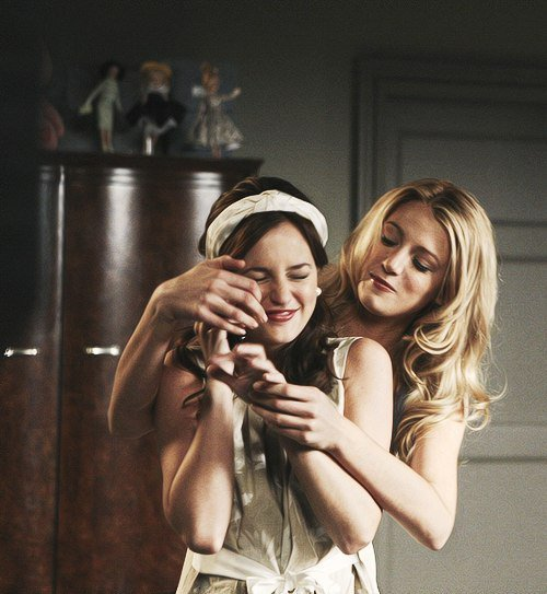 """""""Un ami reste toujours près de toi, si il ne reste pas, ce n'est pas un vrai ami."""""""