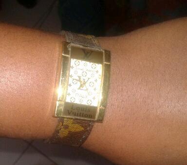 Ma préférée de mes montres ... Louis Vuitton
