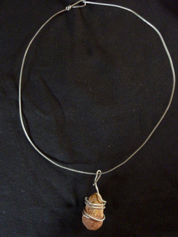 collier (pierre de rivière)