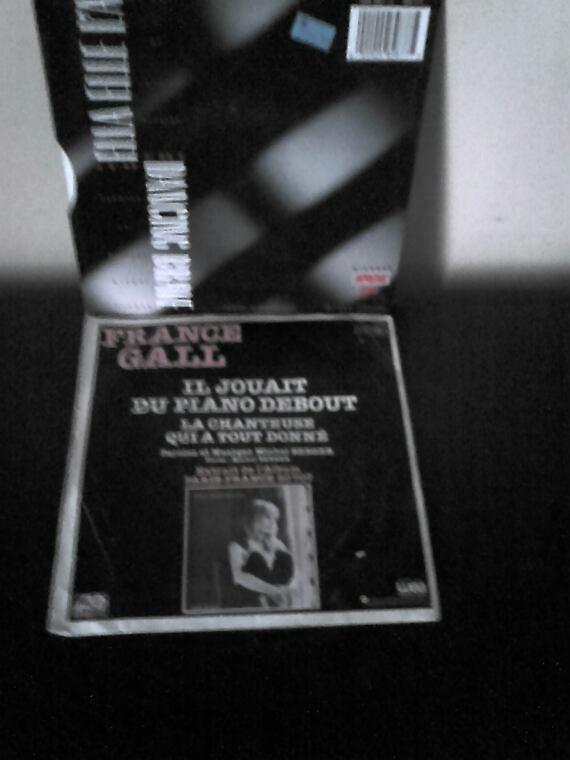 France Gall Il Jouait Du Piano Debout 1980 + Ella Elle L'A 1987 45 tours