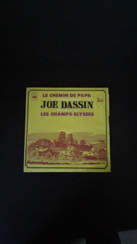Mes nouveaux 45 et 33 tours de Joe Dassin