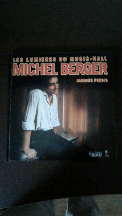 Les Lumières Du Music-Hall Michel Berger livre de 2001