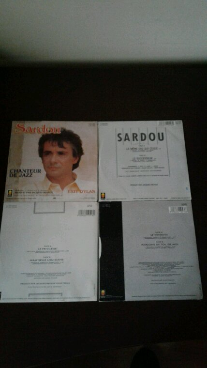 Mes nouveaux 45 tours Michel Sardou, Jeanne Mas et Joe Dassin