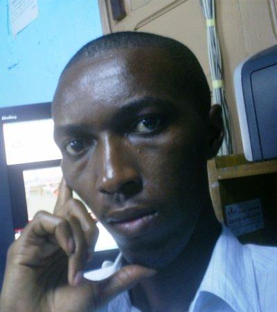 Plàcid Assoumou & les réseau socials