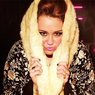 Decisions -Miley Cyrus & Borgore (2012)