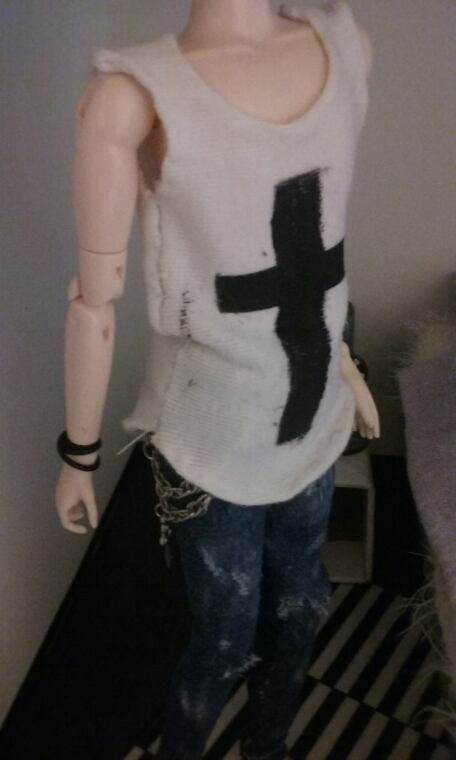 Creation d'une tenue Emo/Grunge pour taeyang ~