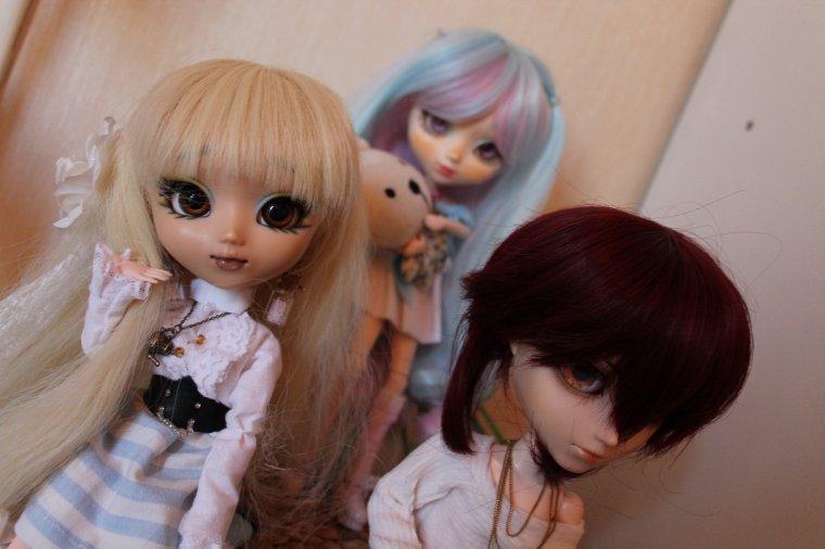 Méga scéance photo de toute mes dolls 8D ~ Part. 3 + BONUUUUUUS PHOTO DE FAMILLE