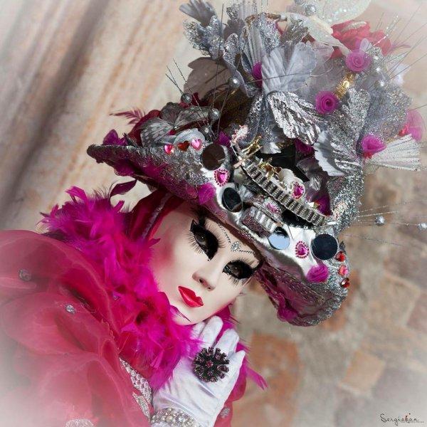 """♥♫♥ FÉVRIER ~♥~ CARNAVAL ~♥~ DE VENISE ~♥~ PORTRAITS DE MON AMIE FLORINE ♥♫♥ ♥♫♥ DERRIÈRE LES MASQUES ~♥~ ... ET """"DÉMASQUÉE"""" ... ♥♫♥"""