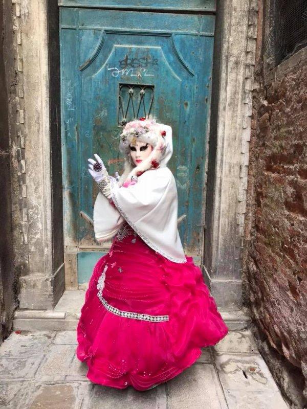 ♥♫♥ FÉVRIER ~♥~ CARNAVAL ~♥~ DE VENISE 2018 ~♥~ LES COSTUMES DE FLORINE ♥♫♥ ♥♫♥ POUR LE PLAISIR DES YEUX ♥♫♥