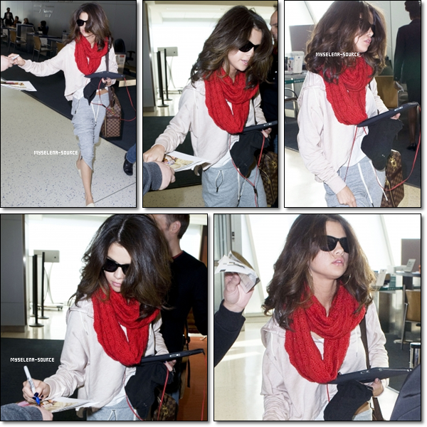 17.03.11 : Selena retourne de New York. Côté tenue, gros flop pour Selena ! What is this Selly ?