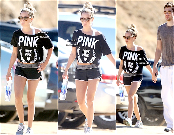 05.08.12 - Ashley était en compagnie de son petit ami Scott, pour une randonnée dans Ruynon Canyon.
