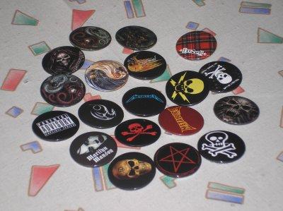 Badges de tous types ( tailles, logos...)