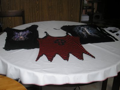 Tricots, t-shirts, débardeur