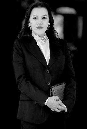 Lalla Hasna , très joli tailleur