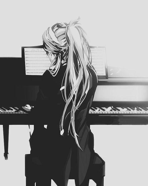 """""""Arrive un moment où on ne peut accepter la vie, et ce moment passé, vient trop vite celui où on rêve à l'éternité."""""""
