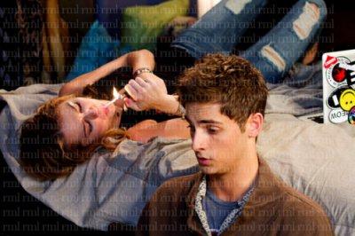 Still promotionnel du film lol avec Miley