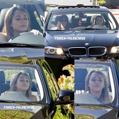 Miley de sortie à West Hollywood, CA - le 9 août 2011