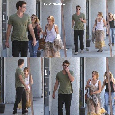 Miley et Liam allant déjeuner à Burbank, CA - le 15 août 2011
