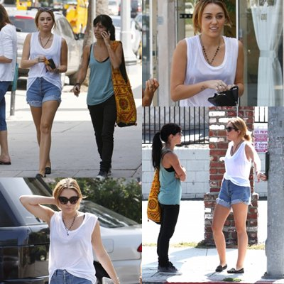 miley et son amies Faisant du shopping chez Bed Bath and Beyond à L A, CA - le 26 septembre 2011
