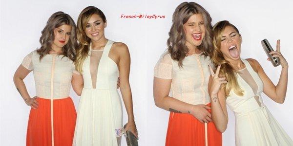 Le 11 janvier 2012, Miley était a la cérémonie des People's Choice Awards