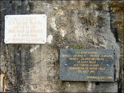 st servan sur mer 35 monument 14 18+monument 3945(cherche photo)+plaque commemorative