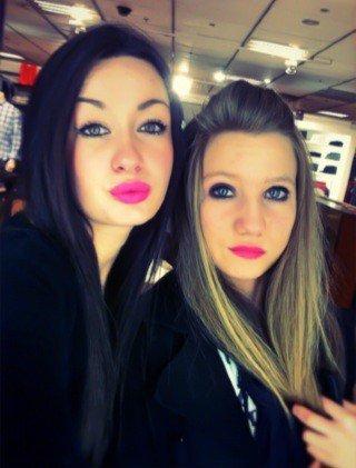 Roxane et fanny :)<3
