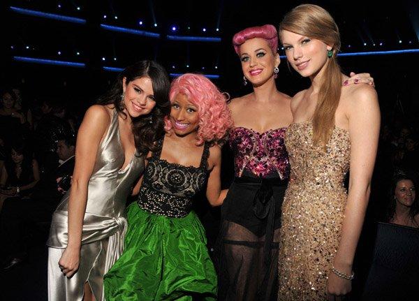 20 Novembre 2O11 ღ Taylor fait un carton au American Music Awards