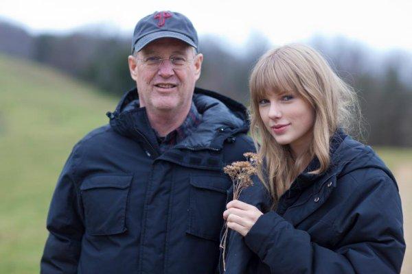 """Taylor sur le tournage du clip """"Safe & Sound"""""""