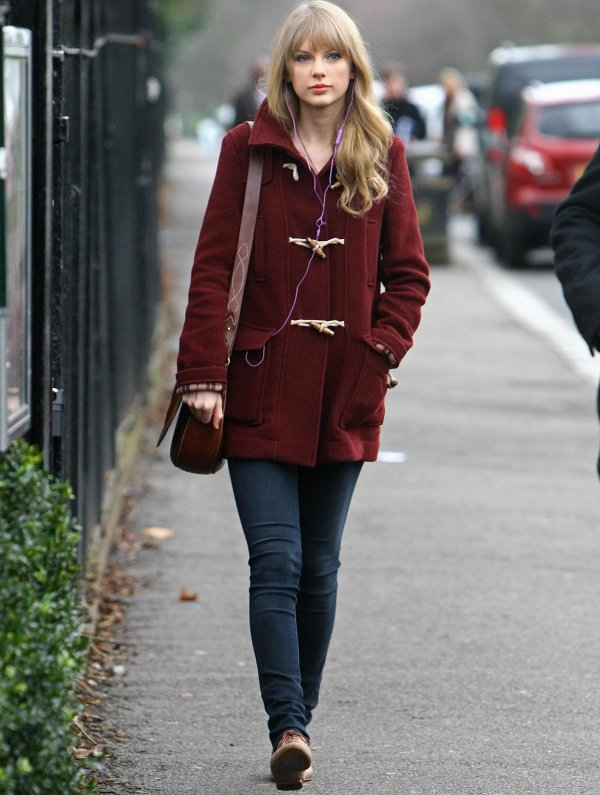 25 Janvier 2012 ღ Taylor visite le zoo de Londres et prend un café au Primrose Hill Cafe