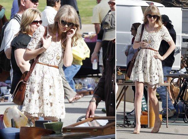 28 Janvier 2012 ღ Taylor fait du shopping au County Flea Market à Ventura