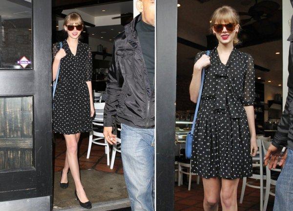 15 Février 2012 ღ Taylor déjeune avec un ami puis fait une pose café, le tout à Los Angeles
