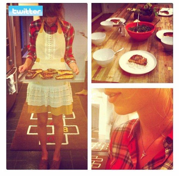 27 Avril 2012 ღ Taylor déjeune avec son amie Dakota à Bouchon à Beverly Hills