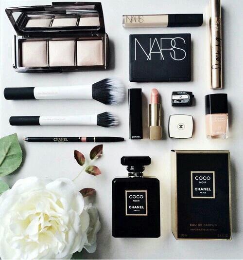 Je créer un nouveau blog makeup !!!!