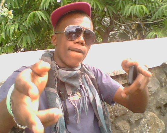 Wesh!! tu dit koii!?! Peace!!