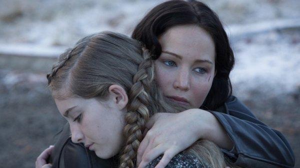 Primrose et Katniss Everdeen