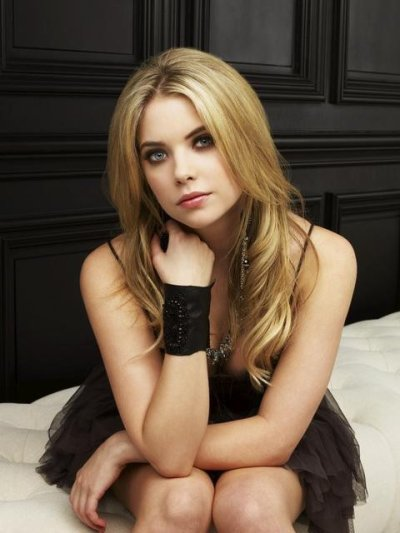 Bienvenue sur Ashley-Benson_Pretty ta source sur la belle Ashley Benson !