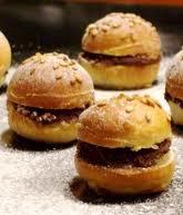 Dessert: Mini-hamburger briochés au chocolat