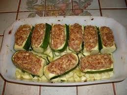 Plat principal: Courgettes gratinées au saucisse