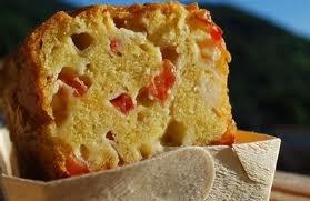 Entrée: Cake aux tomates et basilic
