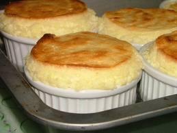 Dessert: Soufflé au citron