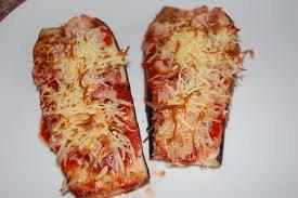 Entrée: Aubergine façon pizza
