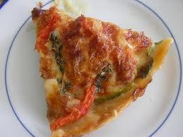 Entrée: Tarte rustique aux tomates, courgettes et mozarella