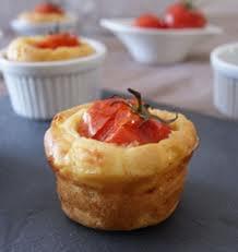 Apéro: Cake à la tomate farcie