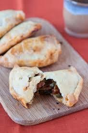 Entrée: Empanadas au chorizo
