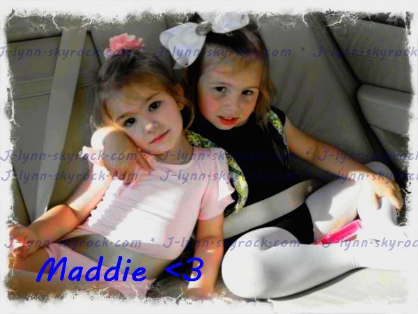 [[ PHOTO ]] Maddie & A Friend