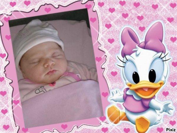 merci mon amie LOULOU1725 pour cette jolie créa pour la naissance de notre petite fille Danaée, gros gros bisous